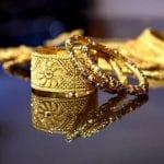 متى ينخفض سعر الذهب في عمان
