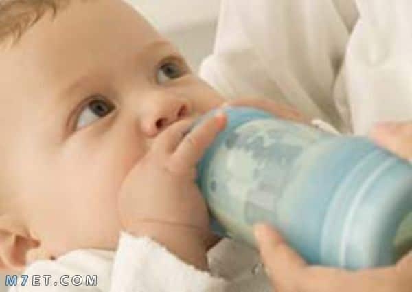 الحليب المناسب للطفل بعد سنة