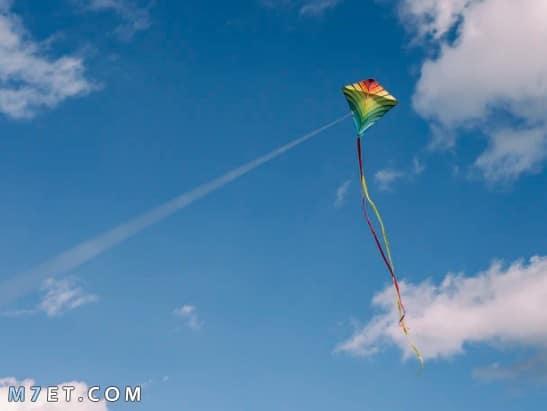 طريقة صنع طائرة ورقية سريعة جدا