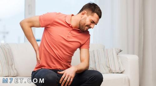 اعراض الناسور العصعصي
