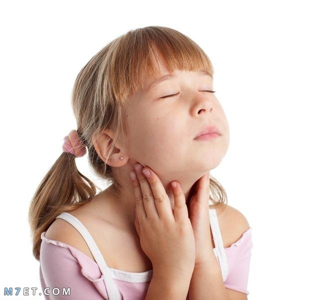 علاج احتقان الحلق للاطفال