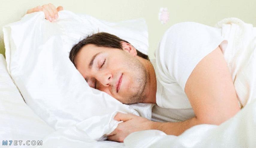 اطعمة تساعد على النوم