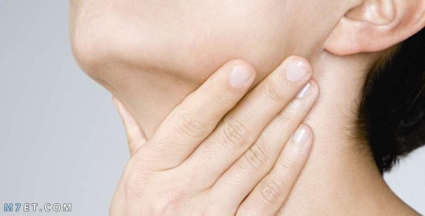 اعراض التهاب الحنجرة