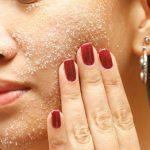 8 وصفات تقشير الوجه مجربة لبشرة نضرة خالية من الحبوب والتصبغات