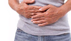 التهاب الزائدة الدودية في 10 أعراض | الفحوصات اللازمة وطرق العلاج من الصيدلية