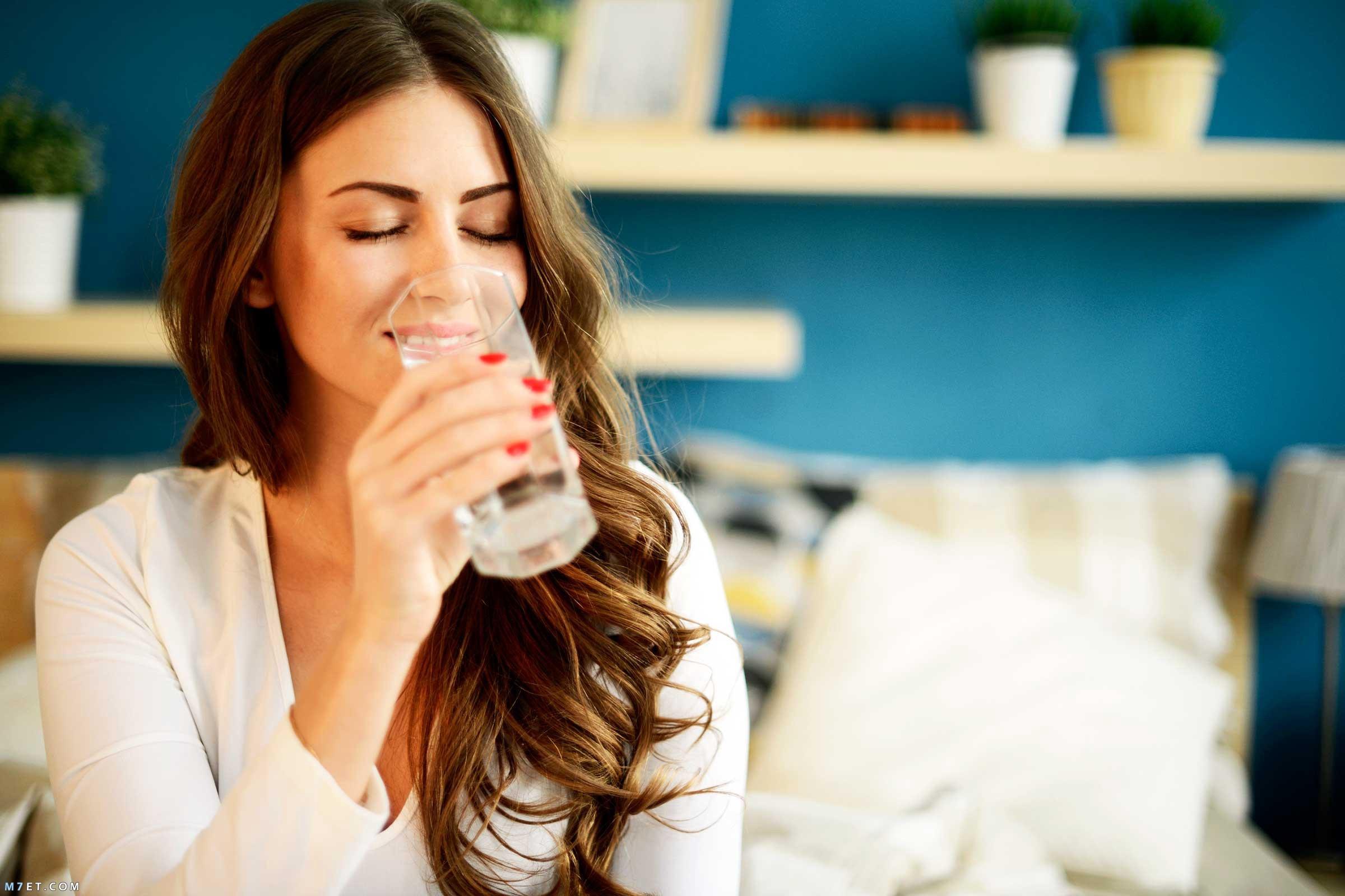 أهمية شرب الماء للشعر