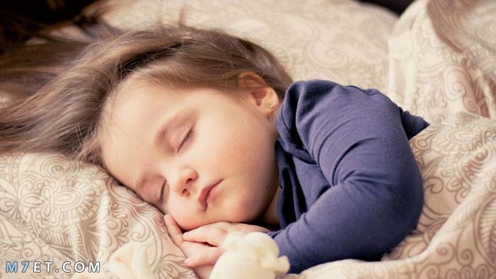 كيف انظم نوم طفلي