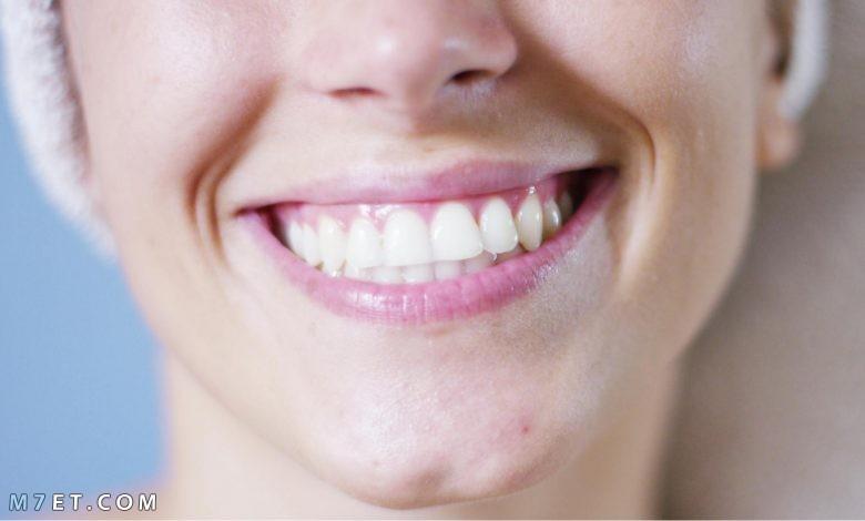 اسباب بروز الاسنان