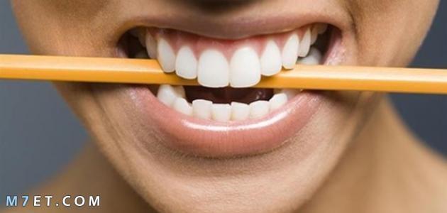 اسباب الضغط على الاسنان اثناء النوم