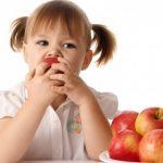 فوائد التفاح للاطفال الرضع  3 وصفات بالتفاح للرضع