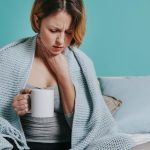 اسباب نشفان الريق أثناء النوم وطرق العلاج بـ 4 أعشاب طبيعية
