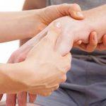 أسباب التهاب اوتار اليد وأعراضه وطرق العلاج بـ أفضل 4 تمارين
