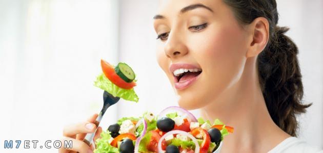 الأطعمة المفيدة للبشرة