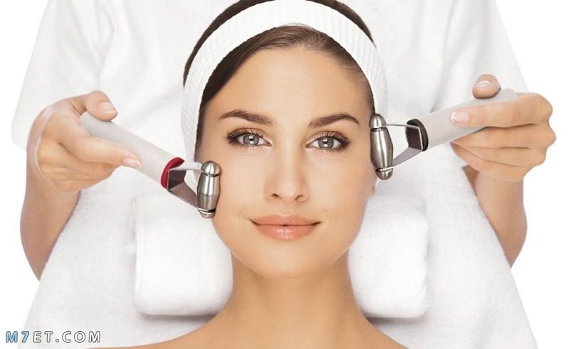 أدوات تنظيف الوجه