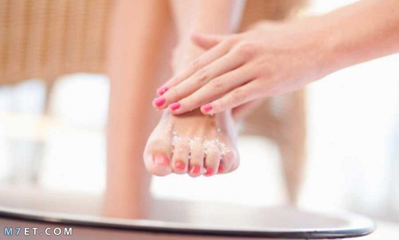 إزالة الجلد الميت من الجسم
