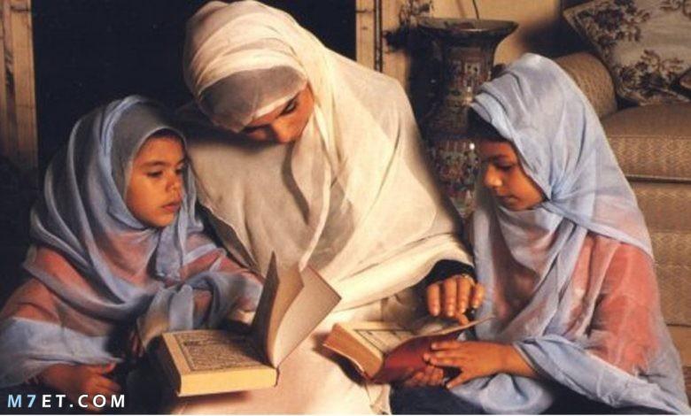 فضل الأم ودورها في الأسرة والمجتمع