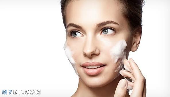طريقة استعمال غسول الوجه