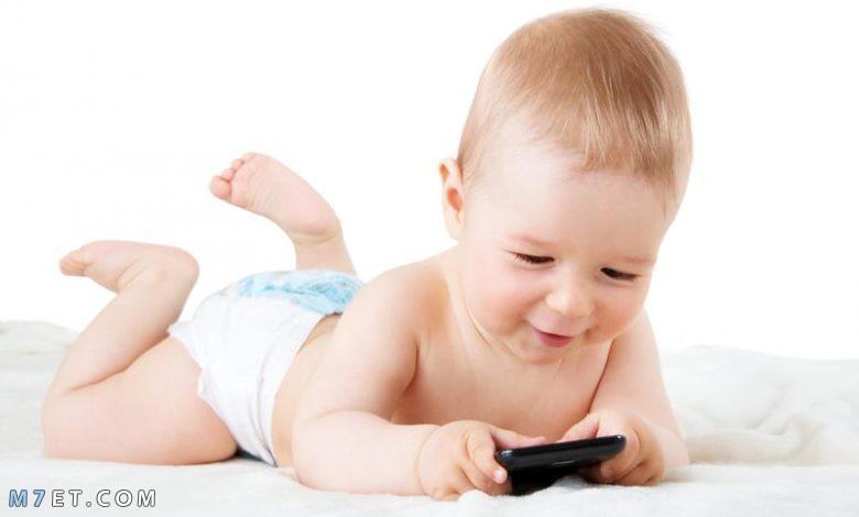 علامات ذكاء الرضيع