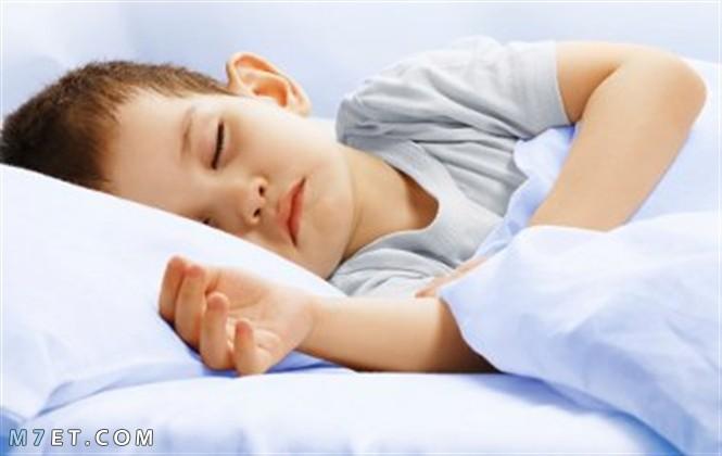 تعويد الطفل على النوم في غرفته