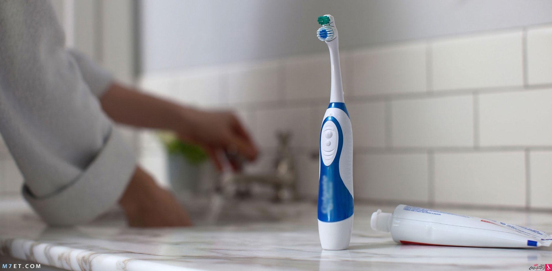 تبييض الأسنان في المنزل