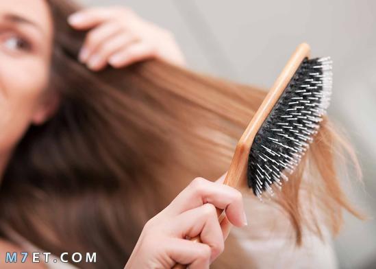 فوائد تمشيط الشعر بالمقلوب