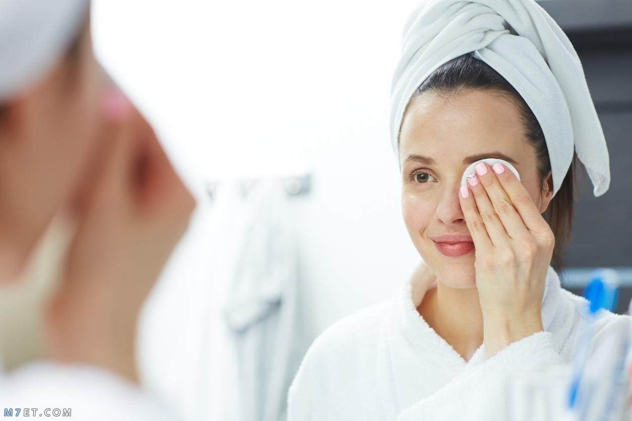 تنظيف بشرة الوجه