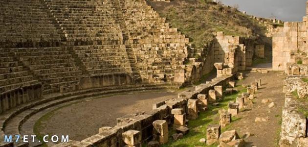 بحث حول مدينة تيبازة