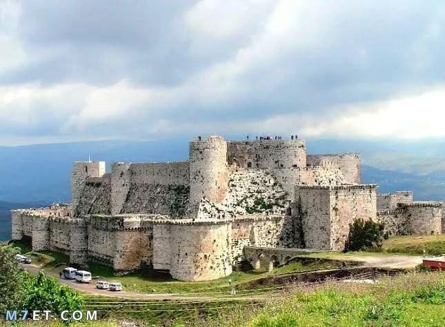 اين تقع قلعة الحصن