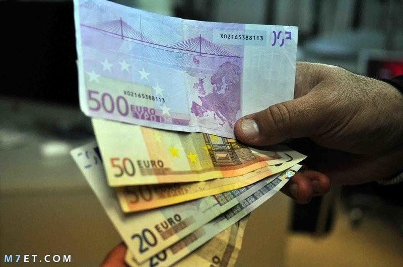 لماذا تطبع النقود في سويسرا